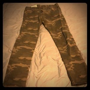 Hollister Camo Jeans